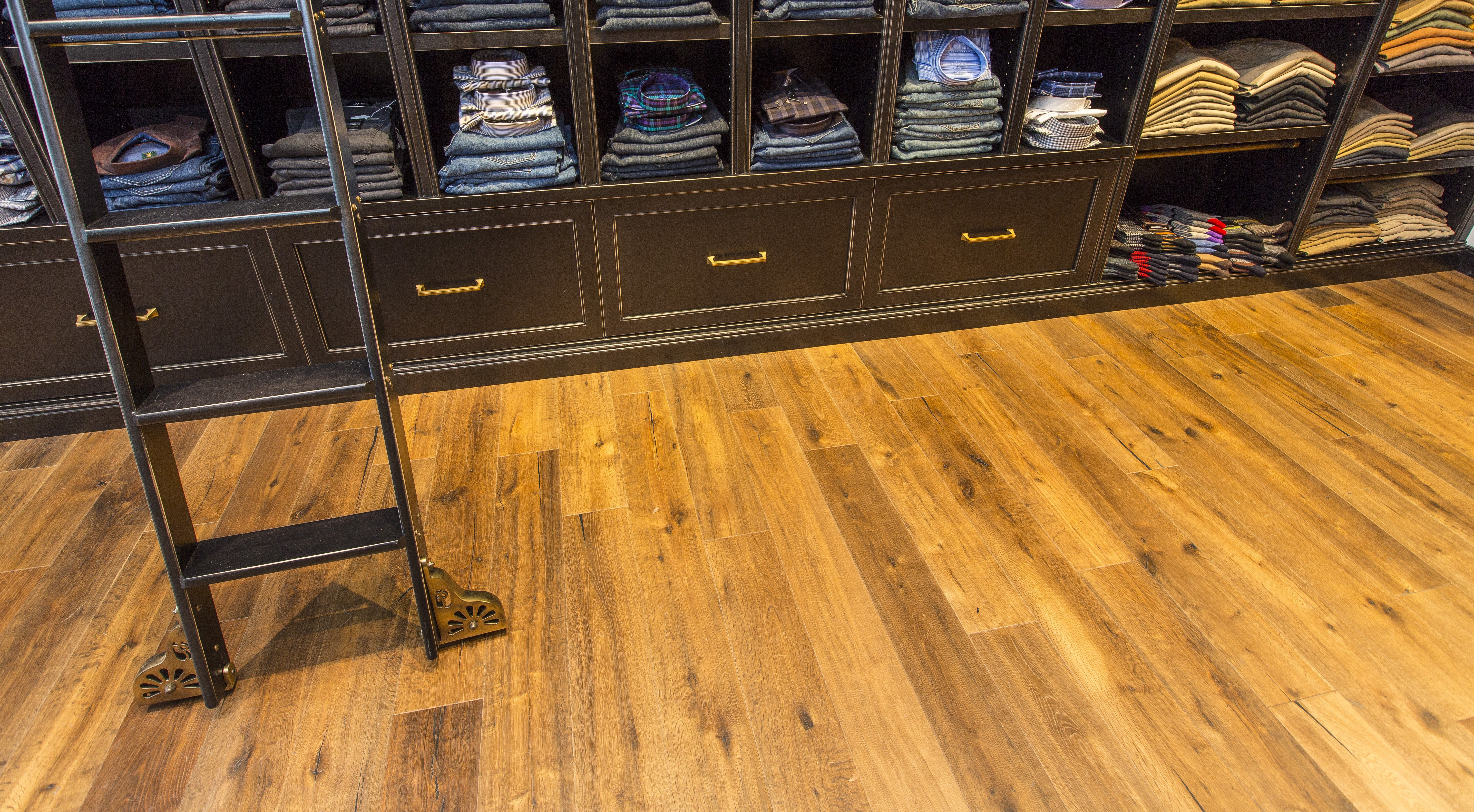 Provenza Heirloom Engineered Hardwood In Retail Area