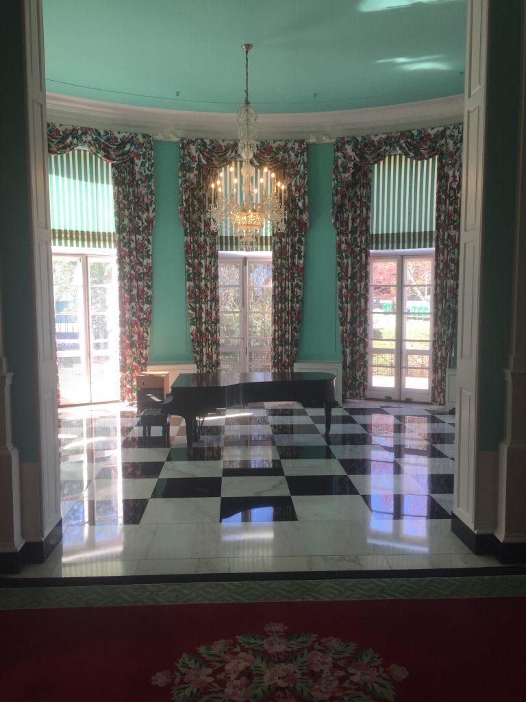 Greenbrier Hotel, Carlton Varney, H.J. Martin and Son